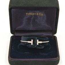 18kt Gold Tiffany and Company T-Bracelet