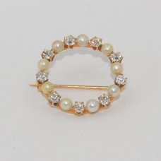 Diamond Pearl Pin